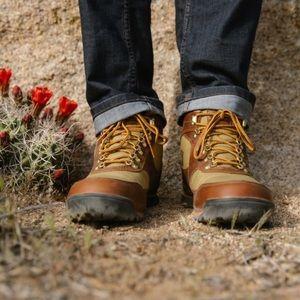 Danner Men's Jag Boots Brown Khaki Size 12